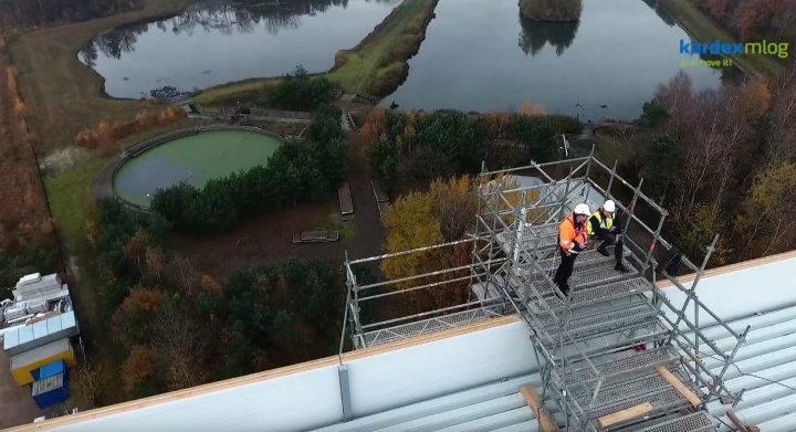 Filmaufnahmen in 43 Meter Höhe auf Tiefkühlhaus apetito in Rheine